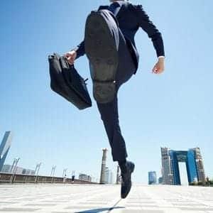営業マンにおすすめの靴は?足が疲れにくいビジネスシューズ選びのポイント