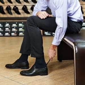 歩くことが多いビジネスマン必見!快適な革靴の選び方
