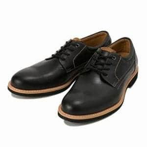 ネイビースウェードが間違いない!地味服をきれいめカジュアルに変える男の靴選び