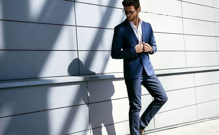 スーツスタイルにもジャケットスタイルにも活躍する靴