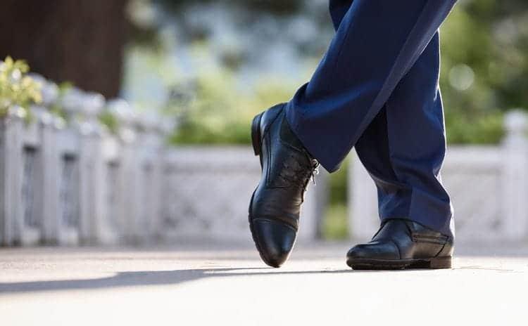 本革との違いは?靴の素材として用いられる合皮について
