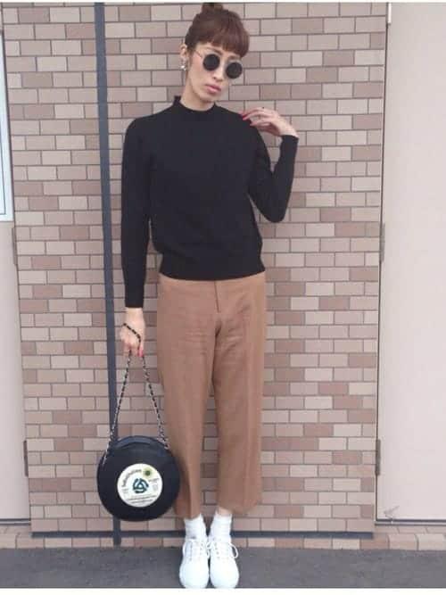 スニーカー×靴下コーデでオシャレ女子に♪スタイル集から一工夫テクを盗もう!