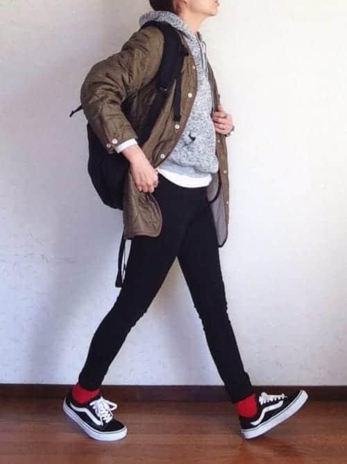 """靴下""""ちょい見せ""""コーデの時代到来!! スニーカーにマッチする靴下スタイル集"""