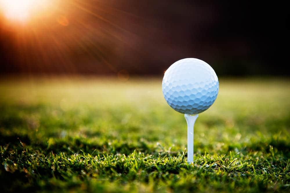 ゴルフのはじめ方ってどうするの?レッスンコーチの江口寿和さんがコースに立つまでの方法をアドバイス