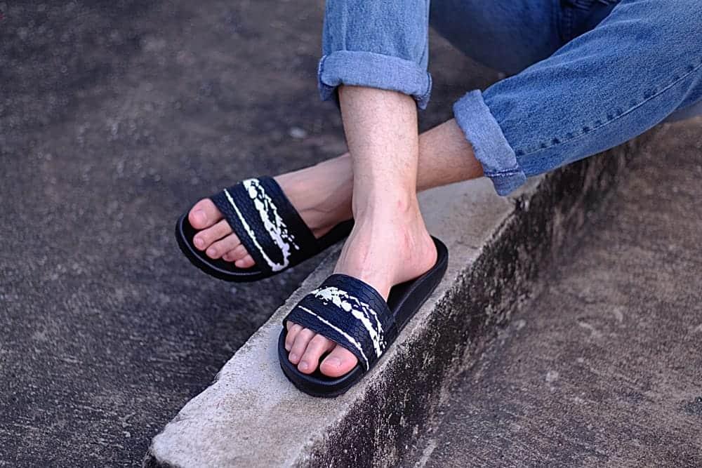 """夏の着こなしを爽やかに!トレンドの""""開襟シャツ""""を取り入れたコーデ5選"""