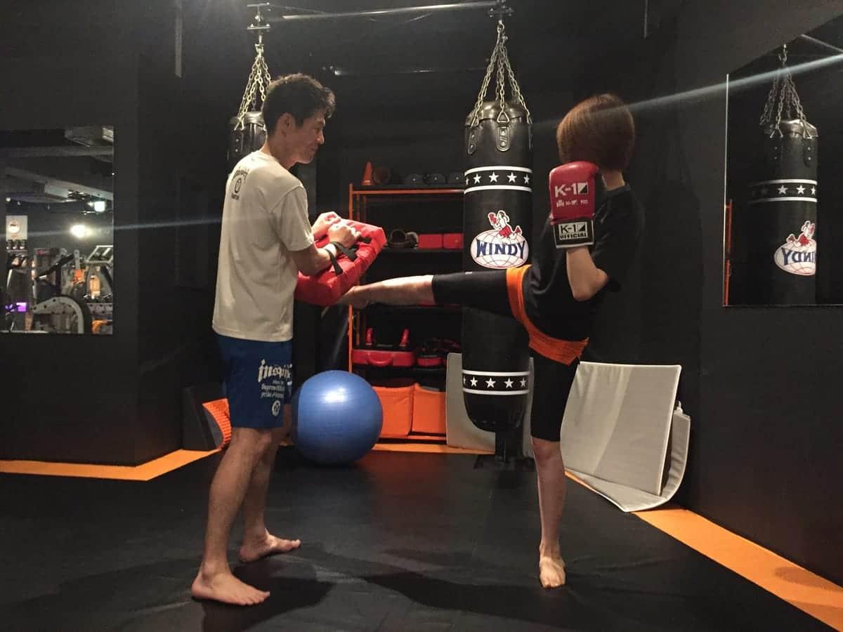 ヘルシー女子の間で話題!『キックボクシング』に挑戦してみよう!