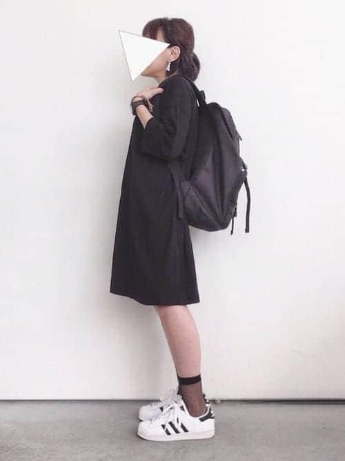 ヒール靴、スポサン、バブーシュ……オシャレ偏差値が上がる『網ソックス×靴』コーデ