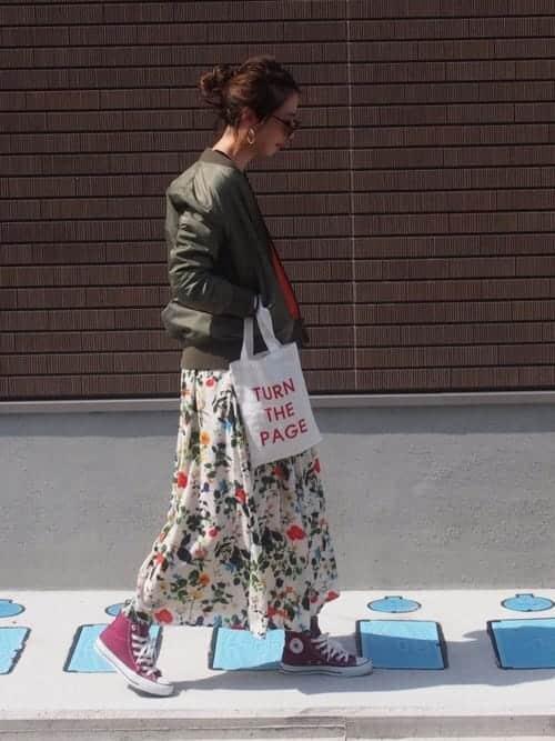 """アウターやスカートにも取り入れたい""""ロング丈""""、上級者のレディースオシャレコーデ9選"""