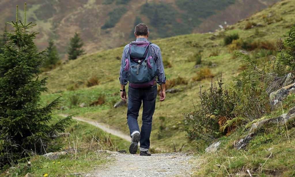 高い山を登るだけが登山じゃない!標高1000m以下・往復5時間以内の『低山登山』スポット8選