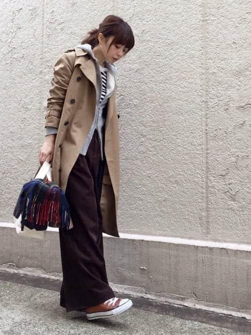 冬物コートを1枚着るより、薄手の秋アウターを重ね着!! レディースレイヤード術