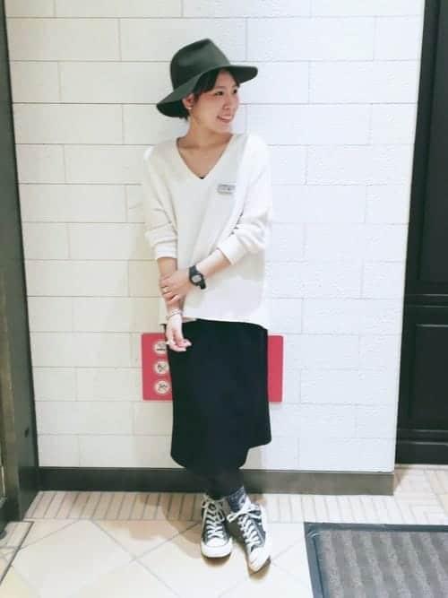 冬でもスニーカーファッションを楽しみたい女子必見!! 「タイツ×靴下」の足元レイヤードテクニック7選