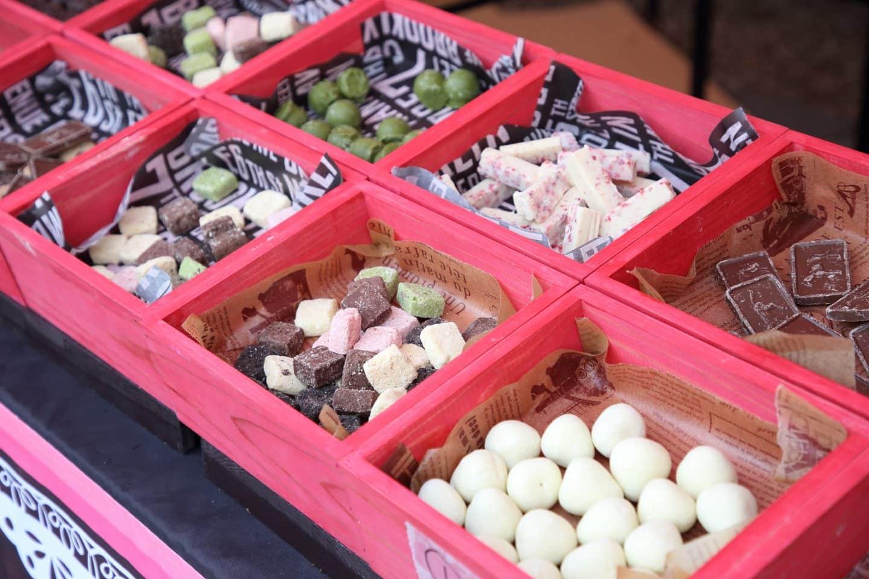 """給水所ならぬ""""給チョコ所""""? チョコ好きが集うイベント『チョコラン』が各地で開催"""