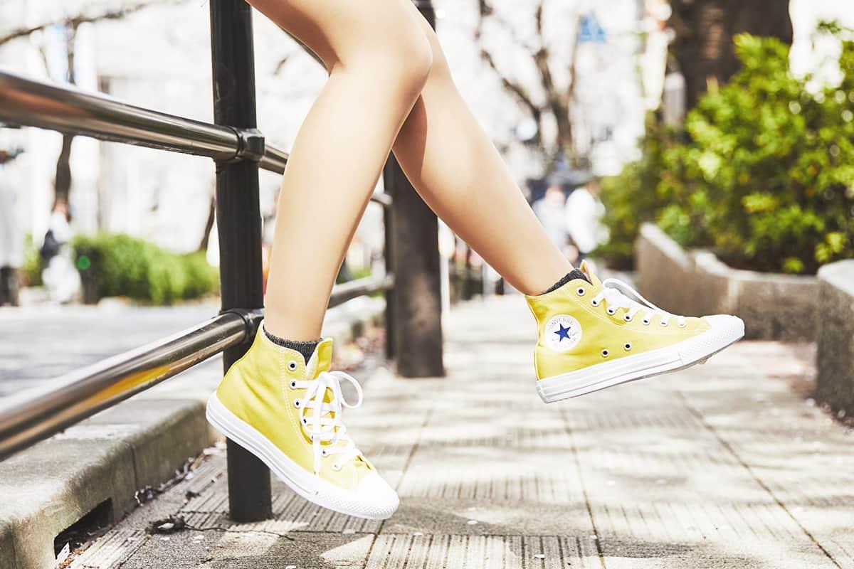 ヴァンズ?コンバース?あなたはどっち? 春夏にかけて履きたいキャンバススニーカーを佐久間乃愛ちゃんが調べてみた!