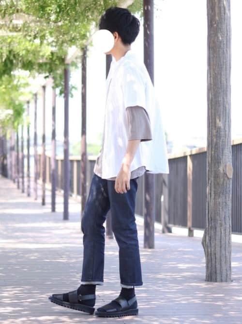 一周まわってやっぱりカッコいい! 白シャツを使った夏のメンズコーデ