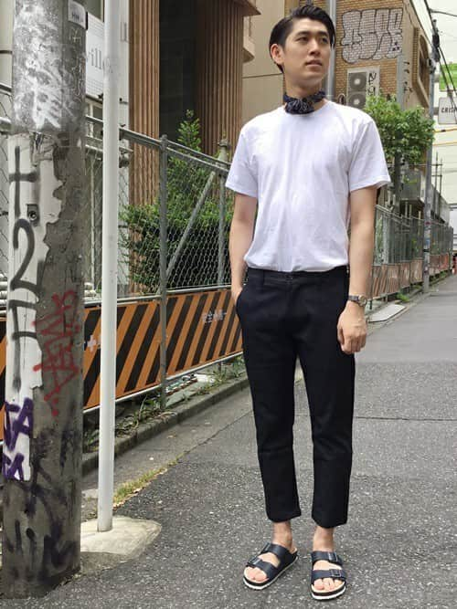 結局これが正解!? 夏に着る白が気持ちいい「白Tシャツ」のメンズコーデ