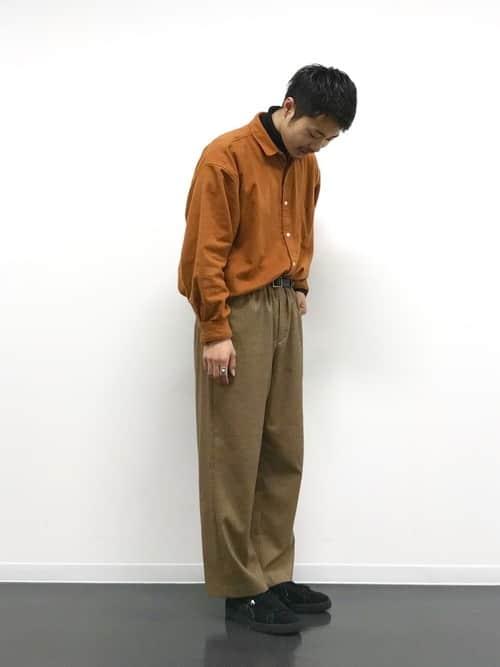 あたたかい色の服はやっぱり気持ちいい! 秋の暖色メンズコーデ5選