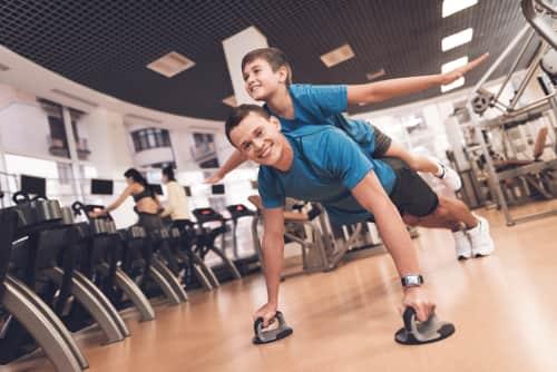 かっこいいパパを目指せ! 子どもの運動会で活躍するお父さんのトレーニング術