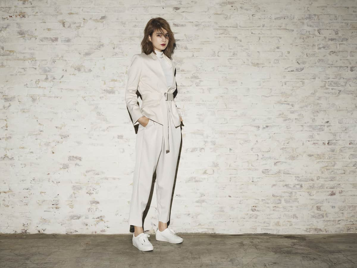 モデル・マギーがオススメのスタイリングを紹介!ルコックの新作シルバーコレクションで春の支度を♪