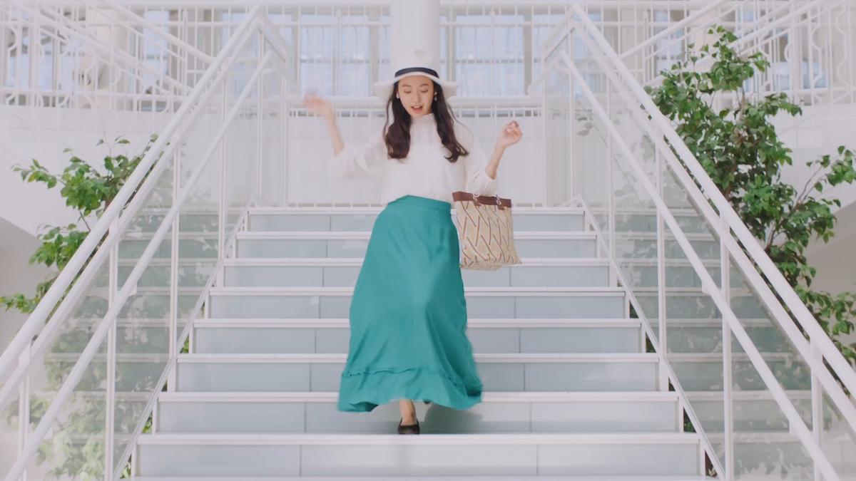 田辺桃子が着こなし!5つのスタイリングが楽しいNUOVO FitパンプスTVCM撮影インタビュー<潜入レポート>
