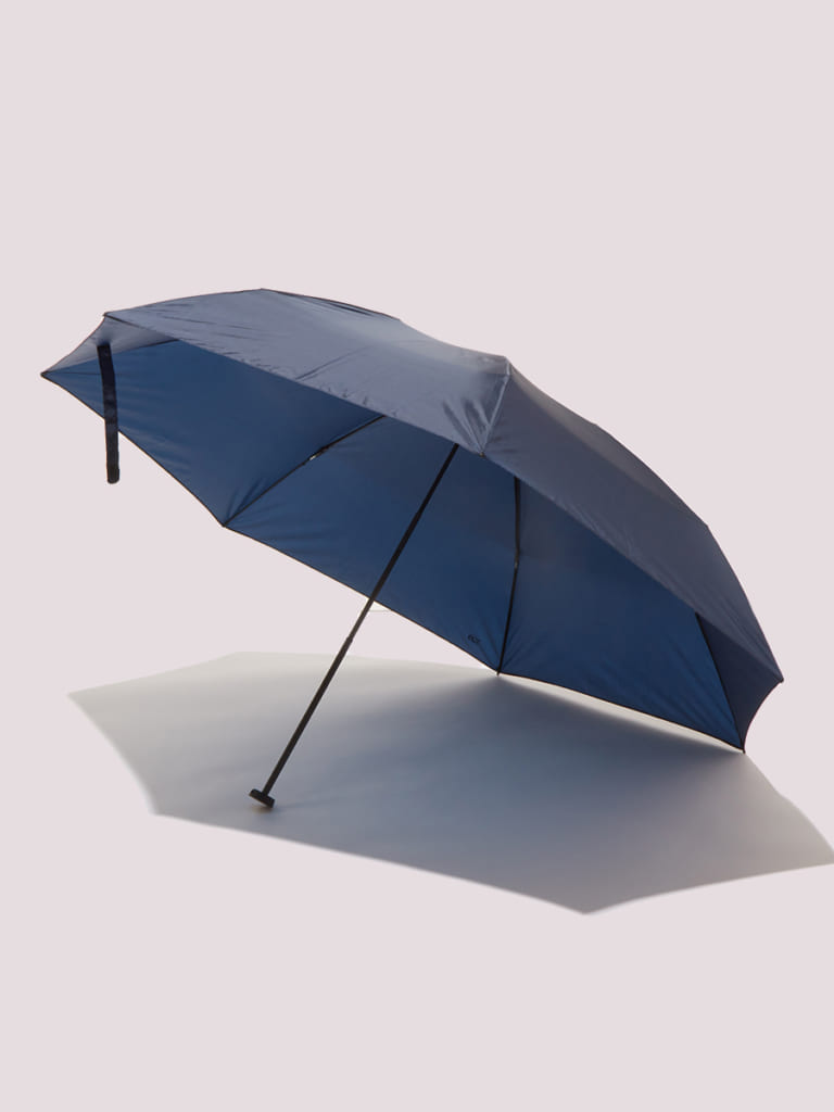 雨の日こそ快適に過ごす!ビジネスマンの雨対策グッズ5選
