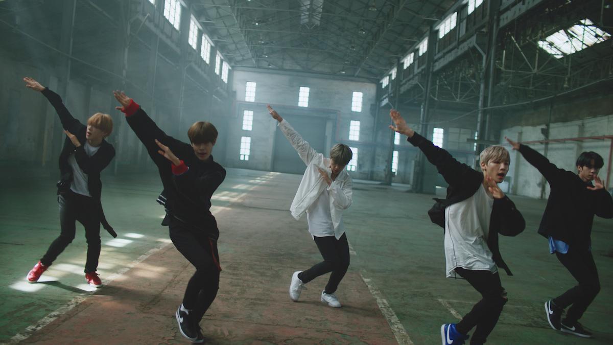 韓国発の人気グループAB6IXがナイキを履いてクールにダンス! CM撮影現場をリポート &スペシャルインタビューも!<潜入レポート>