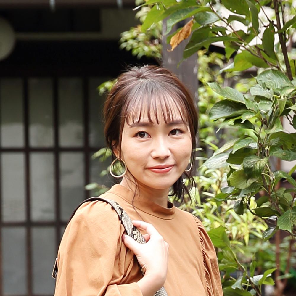 LEEキャラクター小山亜佑未がLEEコラボモカシンで秋散歩♪ 2019年行楽シーズンスポット特集も!