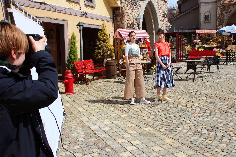 <潜入レポート>女優唐田えりか&人気モデル夏子が宙に浮く! コンバース・オールスターライトのTVCM収録現場に突撃♡