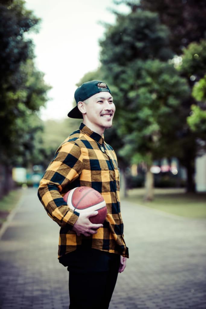 4人の男の子のパパ流ウエイトトレーニング。サンロッカーズ渋谷・山内盛久選手<Bリーグ×ファッションの密な関係Vol.29>