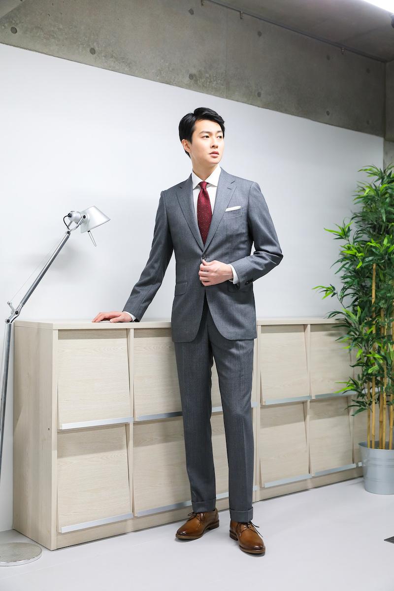 知っておきたいビジネスカジュアルコーデのルール スタイリスト栃木雅広が伝授する30〜40代メンズスタイリング術