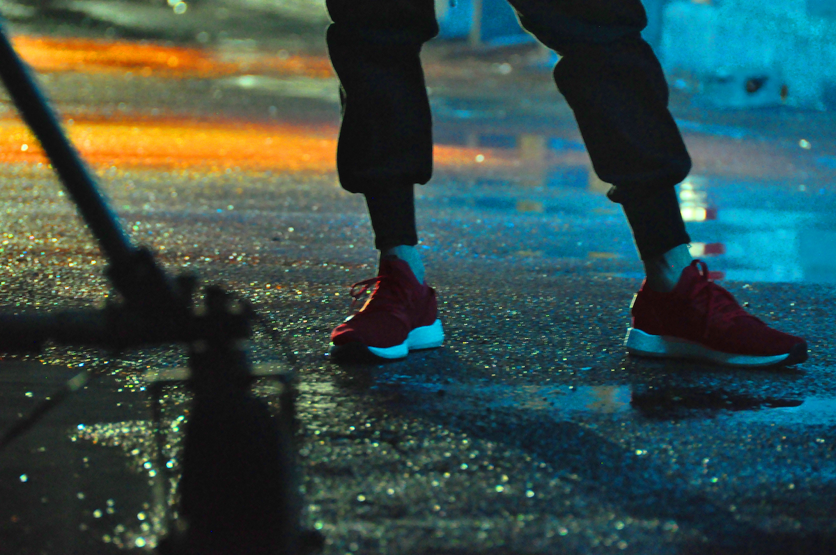 <潜入レポート>俳優・新田真剣佑の華麗なステップに注目!プーマ エナジー ネコの撮影舞台裏へ!