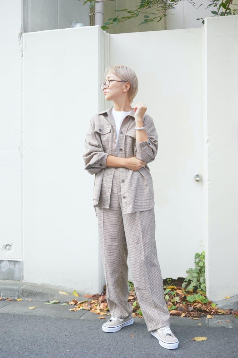 秋のヴァンズスニーカーコーデ特集!ヴァンズ愛用歴10年のママインスタグラマー・meguのスタイリング術