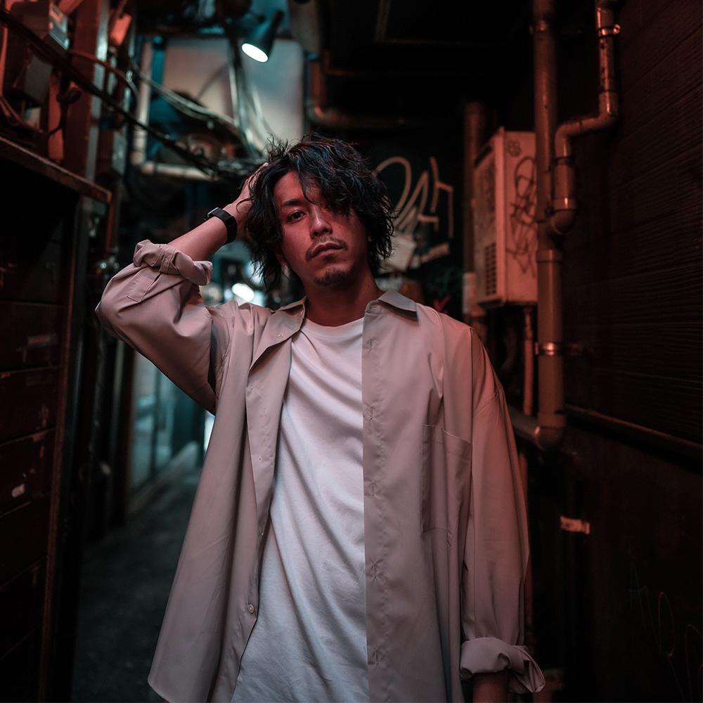 人気ブランドのウェア×スニーカーをオシャレに着こなすコツは?ファッションYouTuber・Takahiro Kawashimaが伝授!