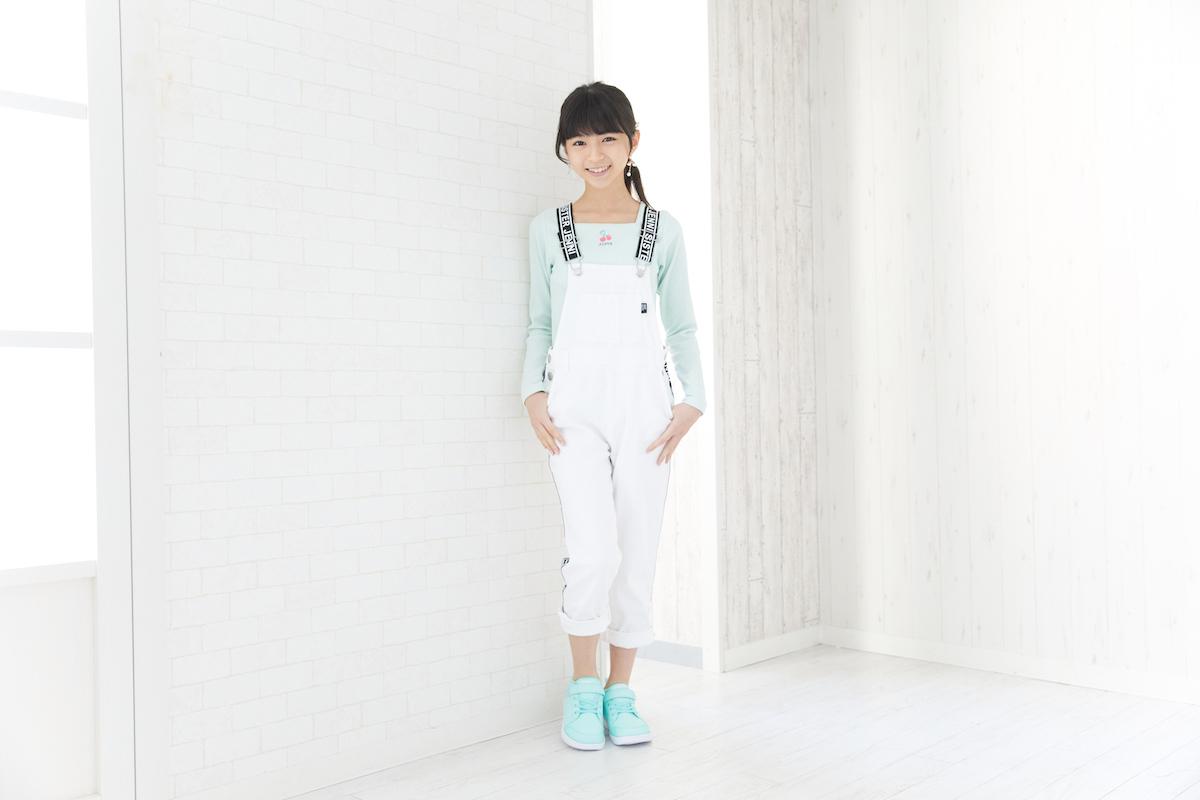 モデル・大里菜桜ちゃんがパステルスニーカーで春夏コーデ!インスタ映えするパステルアイテム&スイーツまとめ♪