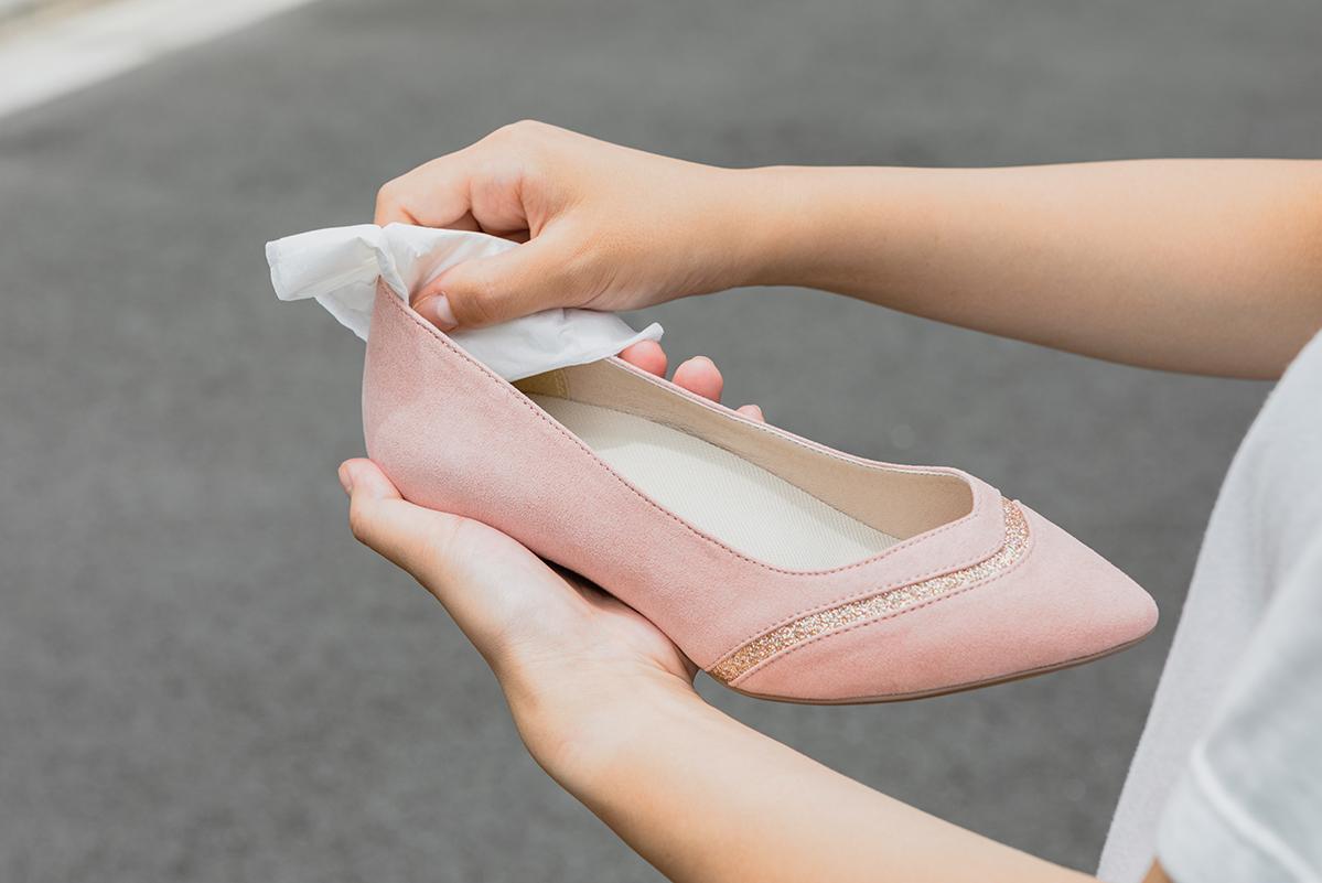つらい靴擦れを防ぐには?原因と解決方法を伝授!